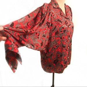 Gorgeous vintage extreme bat wing blouse top